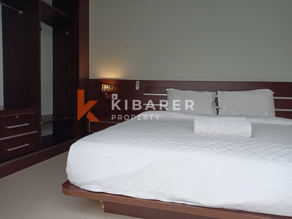 Vila Modern 3 Kamar Tidur di Seminyak