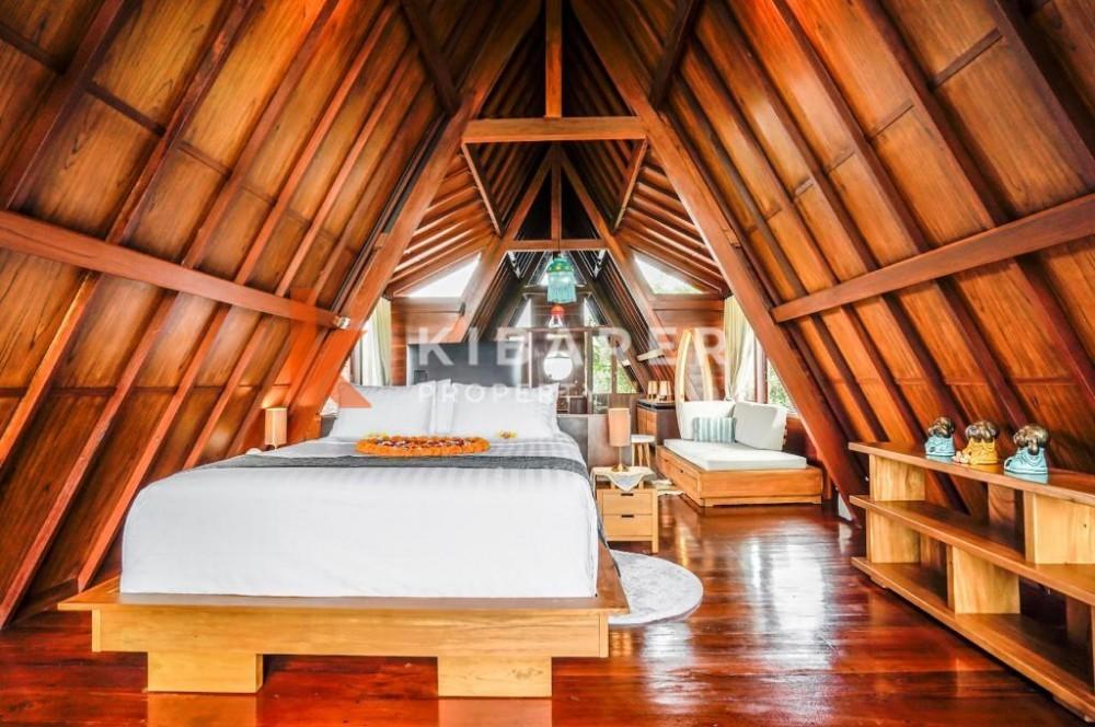 Vila 3 Kamar Tidur yang luas dengan pemandangan sawah di Seseh