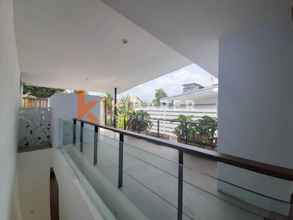 Two Bedroom Villa with perfect area in Seminyak