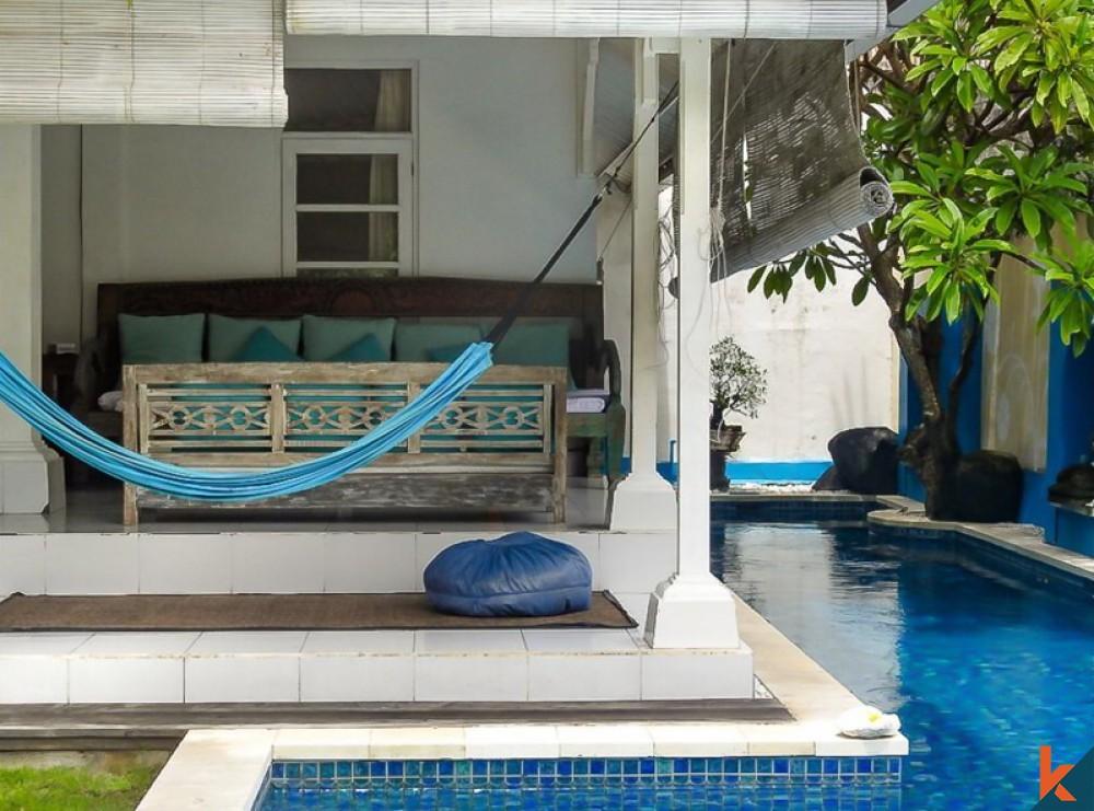 Villa Tradisional Campuran Modern Yang Indah Dijual di Jantung Seminyak