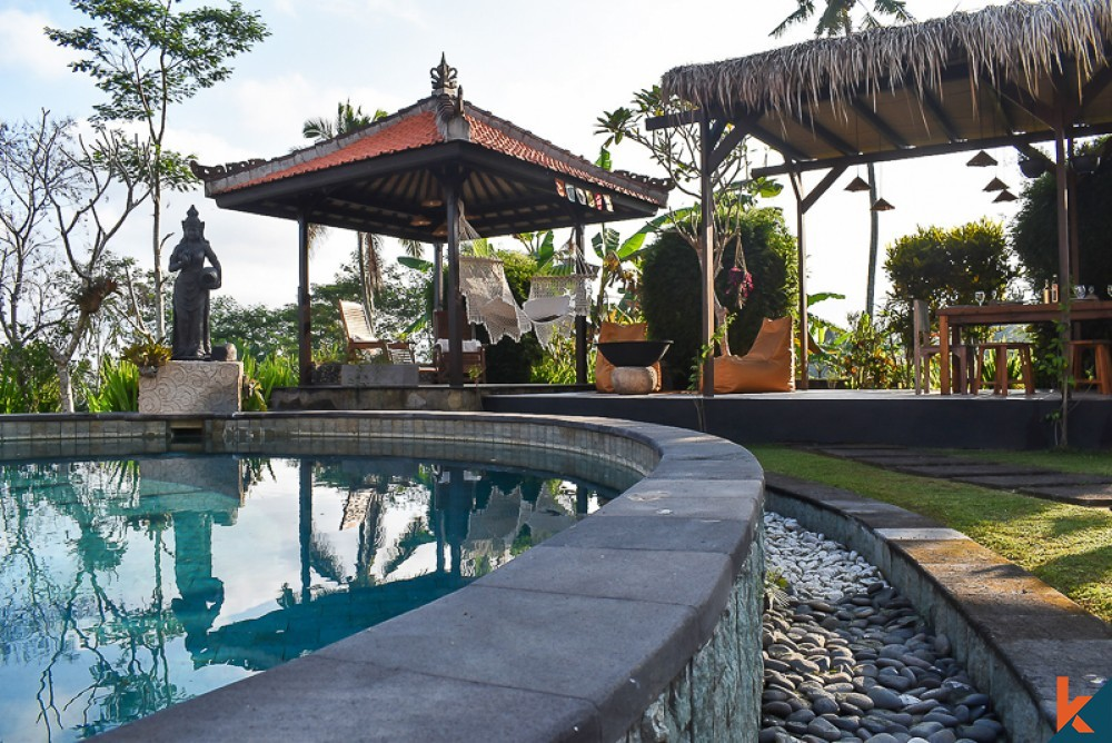 Traditional Balinese Villa with Amazing Rice Paddies View for Sale in Sebatu