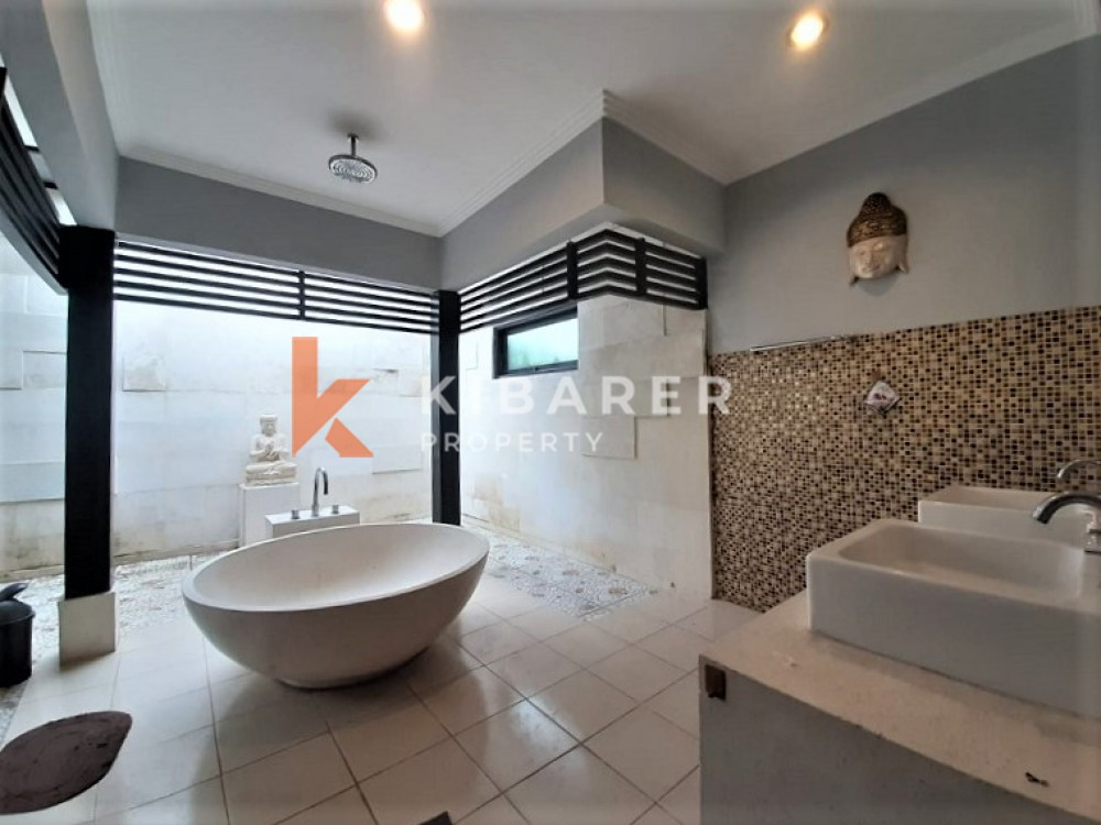 Lovely Three Bedroom Villa for living in strategic location in Umalas