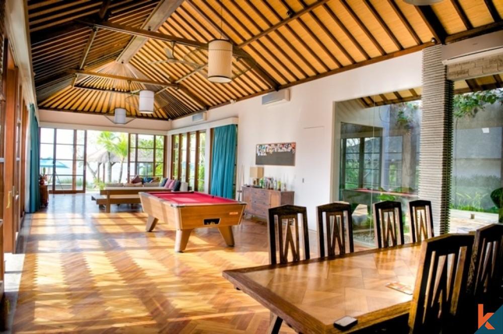 Vila Tropis Hak Milik Tepi Tebing untuk dijual di Bukit