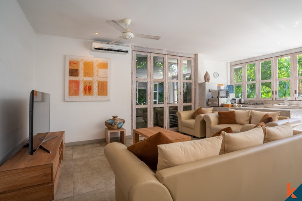 Chic Three Bedrooms Villa for Sale in the Heart of Seminyak