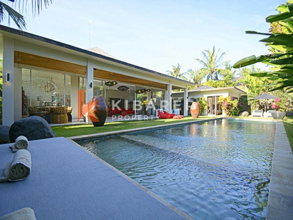 Stunning Three Bedroom Villa with spacious garden in Pererenan