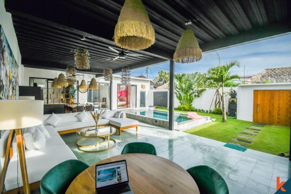 Dijual Villa Menawan Luar Biasa dengan Nilai Terbaik untuk Dijual di Padonan