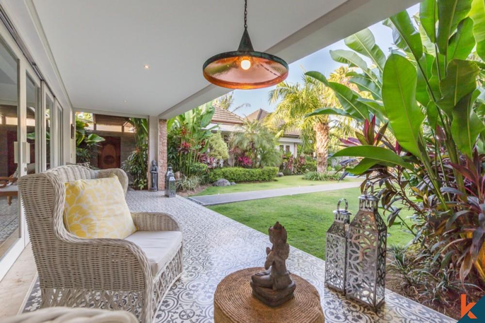 Luxury Beachfront Four Bedrooms Villa for Sale in Sanur