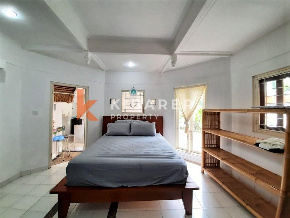Vila Indah 2 Kamar Tidur di Area Kerobokan yang tenang