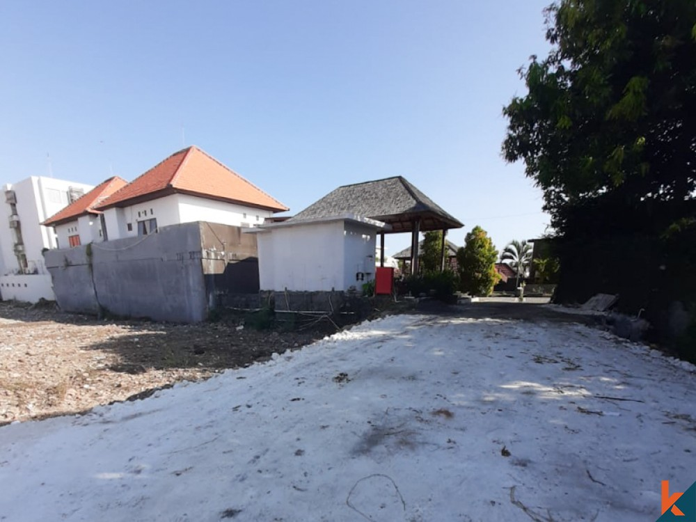 Best Location Land with One Gate System for Sale in Seminyak