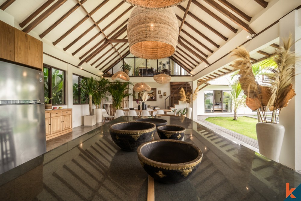 Amazing Rice Paddies View Four Bedrooms Villa for Sale in Tegal Cupek