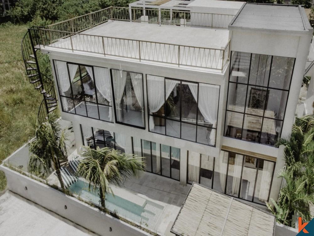 Dijual Villa Tropis 3 Kamar Tidur Eksklusif di Canggu