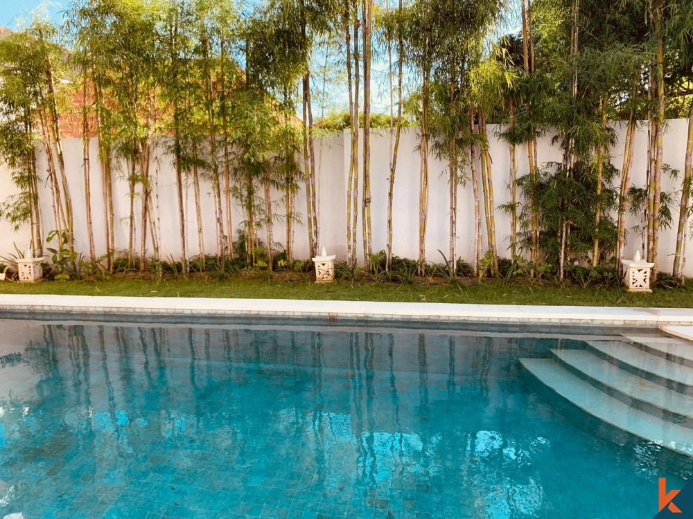 Charming Two Bedrooms Villa for Sale in Umalas