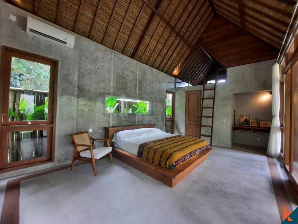Dijual Vila 3 Kamar Tidur dengan Ruang Terbuka Luar Biasa di Uluwatu