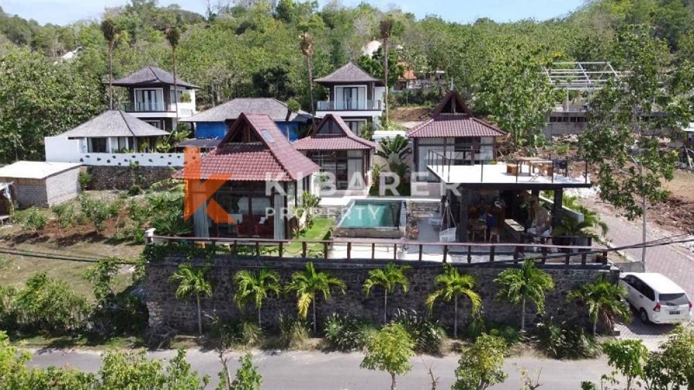 BEAUTIFUL THHEE BEDROOMS BUNGALOW OPEN LIVING WITH OCEAN VIEWS IN BINGIN