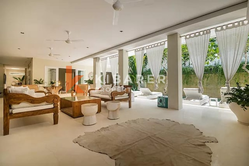 Vila Tiga Kamar Tidur yang menakjubkan dengan lokasi terbaik di Canggu (akan tersedia pada Juni 2021)