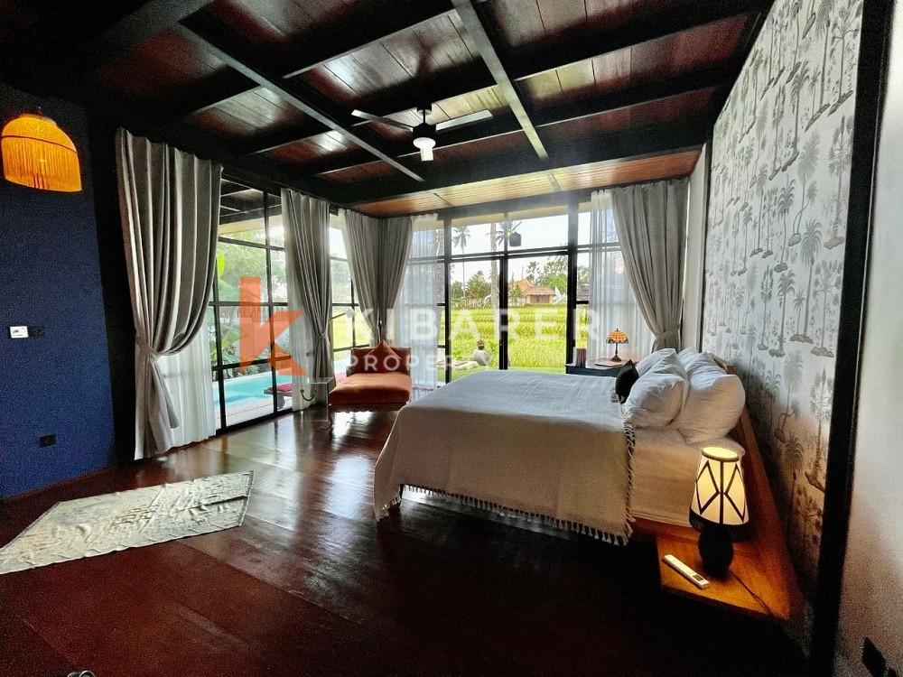 Vila Dua Kamar Tidur Unik Baru dengan pemandangan sawah di Seseh
