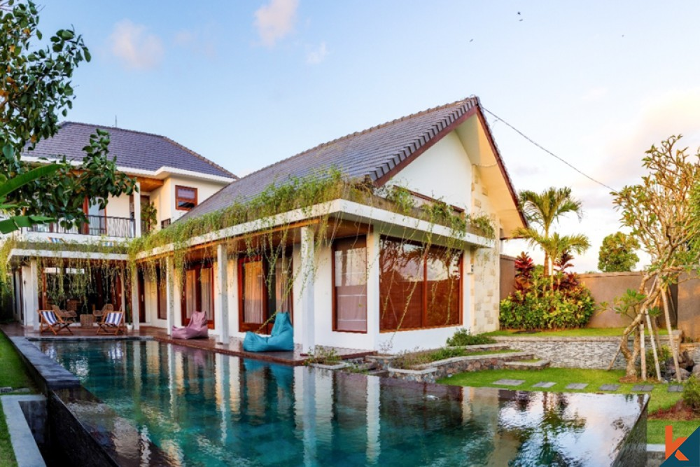 Three Bedrooms Villa with Amazing View for Sale in Canggu