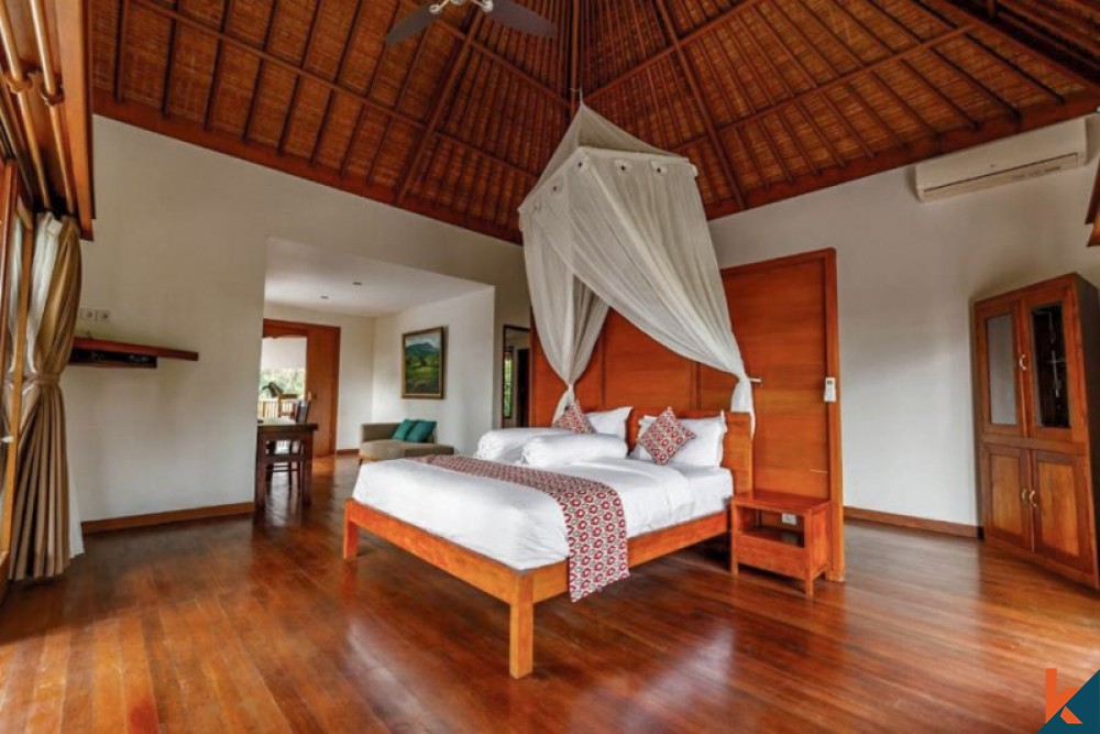 Four Bedrooms Freehold Villa with Fantastic View for Sale in Ubud