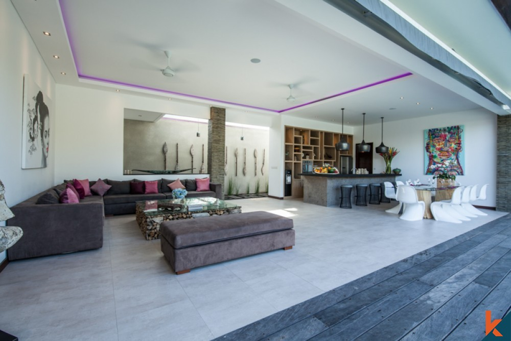 Modern Four Bedrooms Villa ROI for Sale in Seminyak