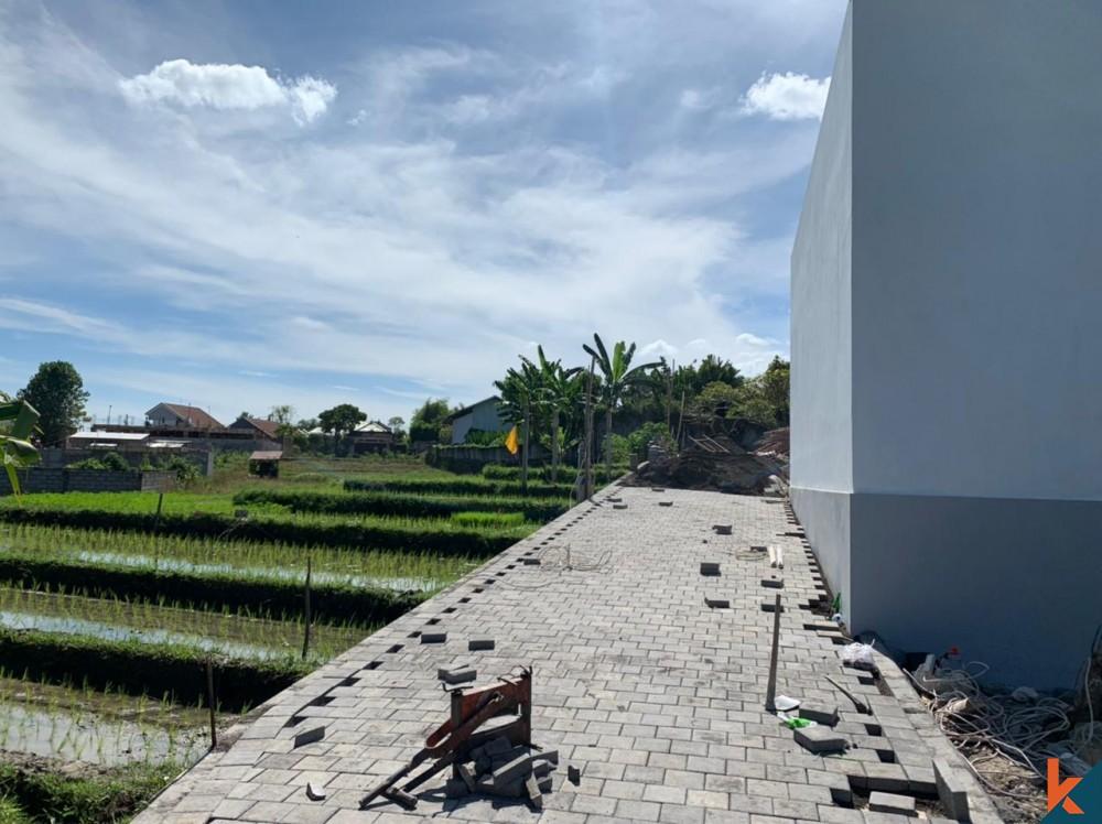 Belle villa 1BR entourée de rizières à Tumbak Bayuh