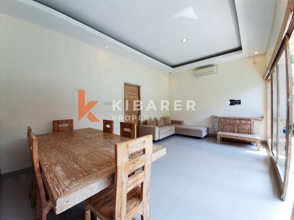 Vila Empat Kamar Tidur yang indah dengan area damai di Umalas