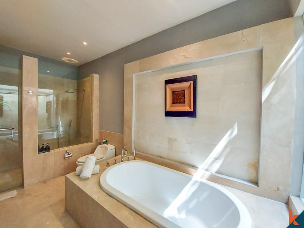 Villa de luxe de quatre chambres à vendre à Batu Belig