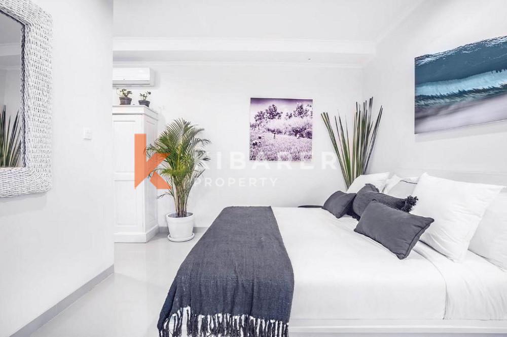 Vila Cahaya Tiga Kamar Tidur dengan Sentuhan Bohemian di Lokasi Bagus Canggu