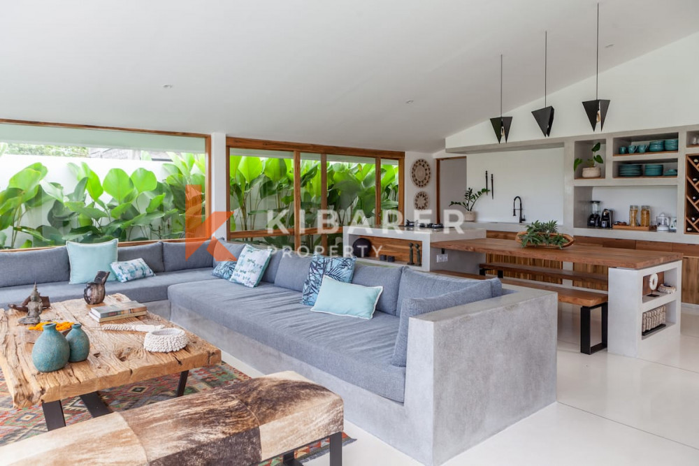 Gorgeous Three Bedroom Villa surrounding with rice field view in Canggu ( will be available on 12th July 2021 )