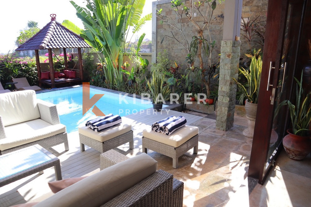 Vila 3 Kamar Tidur dengan Pemandangan Laut yang terletak di Ungasan