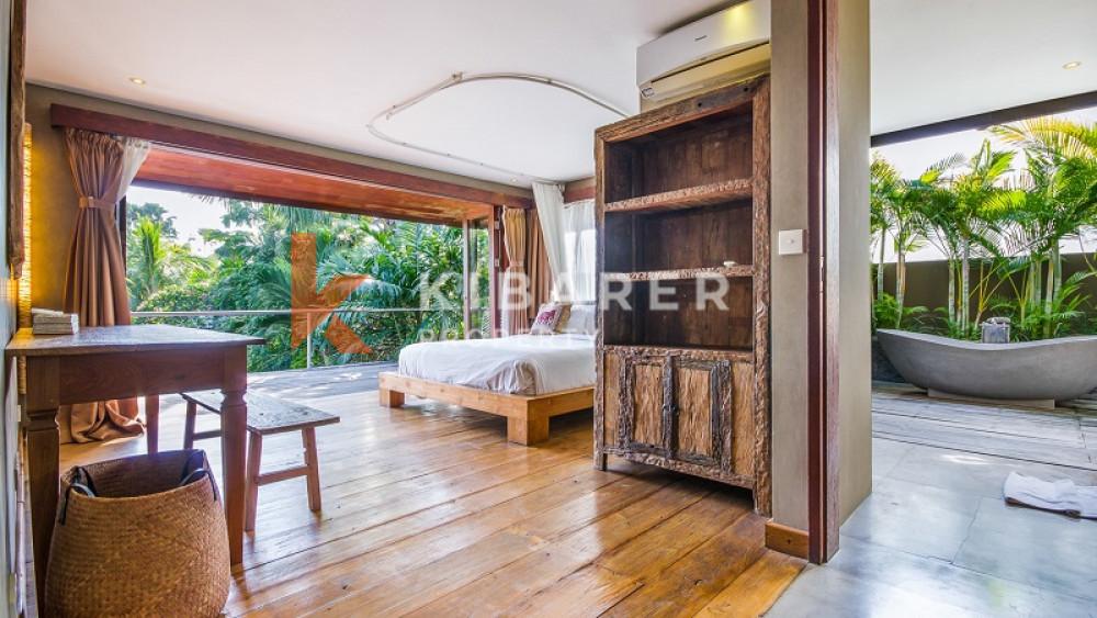 AMAZING SEVEN BEDROOMS CLOSED LIVING VILLA WITH YOGA SHALA IN SEMINYAK