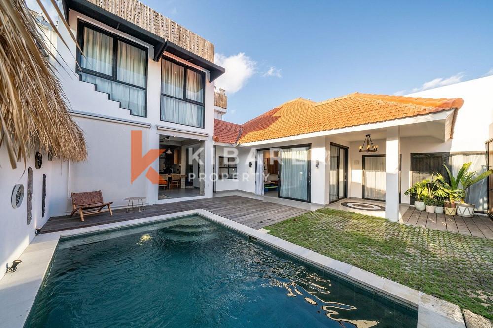 Stunning Three Bedroom Teak Wood Villa with Industrial design in Pererenan