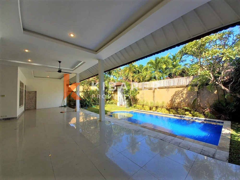 beautiful complex unfurnish villa in kerobokan