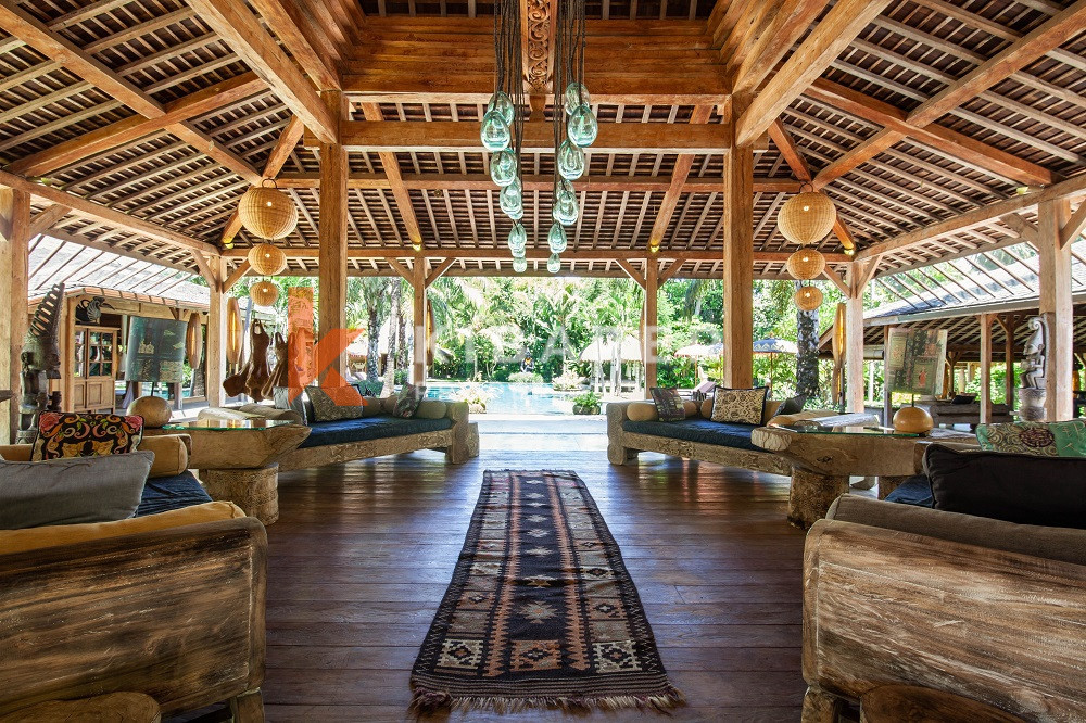 Luxury Joglo Six Bedroom Villa situated in Umalas ( will be available on January 2022 )