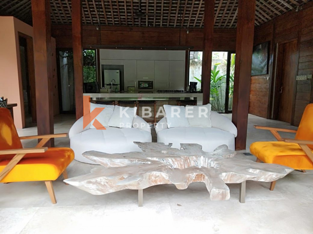 Beautiful Four Bedroom Villa in center area of Seminyak