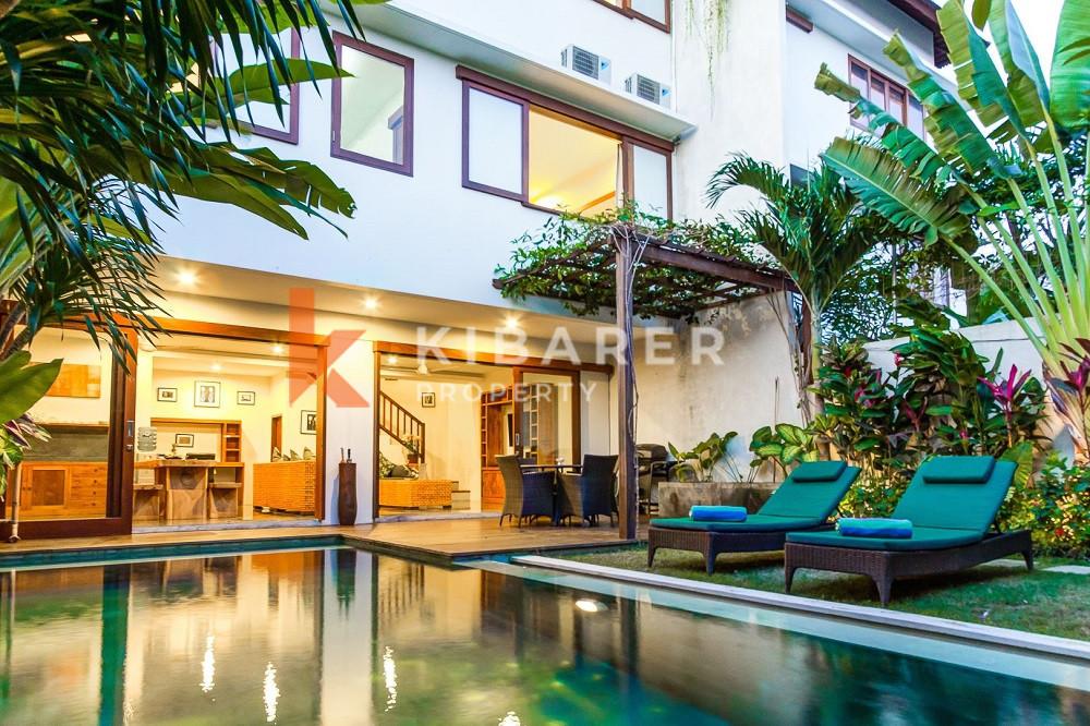 Vila Cantik Tiga Kamar Tidur dekat dengan Pantai Batu Bolong ( akan tersedia akhir Desember 2021 dan harga untuk 4 tahun 8 bulan )